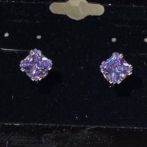 Beautiful 1 carat tanzanite earrings